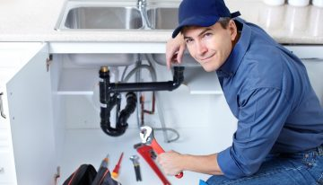Benefits Of Hiring A Plumber During An Emergency