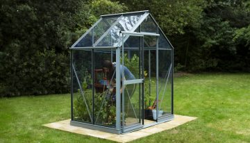 Evika Greenhouses- Reasons Why People Love It Most!