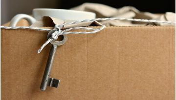 Here Are Some Tips That'll Make Packing for a House Move a LOT Easier
