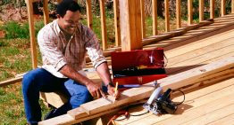 Get the best deck builder Geelong services in Melbourne